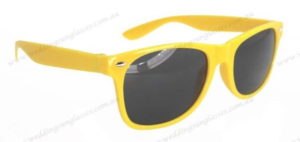 hot selling sunglasses wholesale custom fashion plastic sunglasses custom logo sunglasses 2