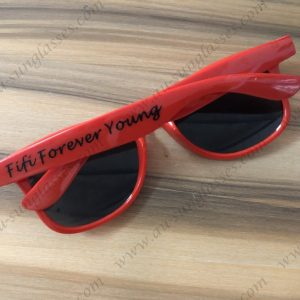 custom party sunglasses favors personalised sunglasses